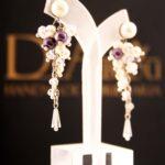 dia_earrings_braselet_necklace_choker_bag_clutch_001439958.jpg